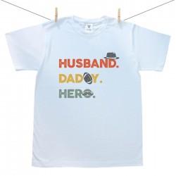 Pánske tričko s krátkym rukávom Husband. Daddy. Hero.